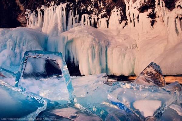 Lake-Baikal-Siberia-Russia-11-600x400