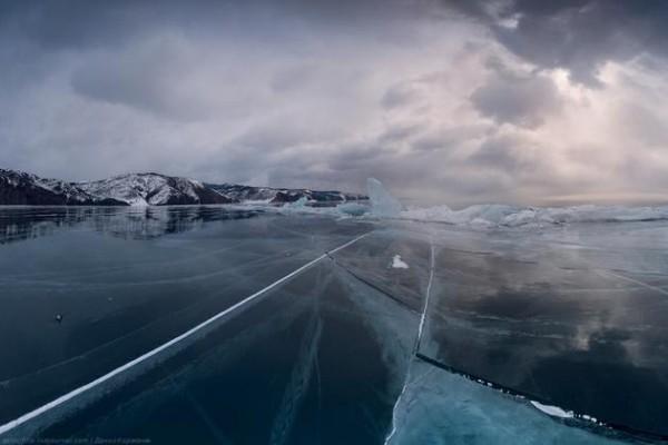 Lake-Baikal-Siberia-Russia-4-600x400